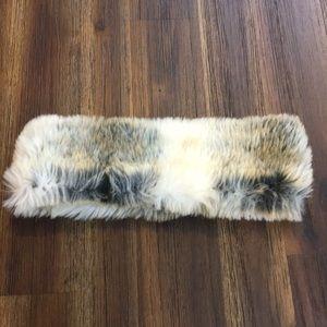 American Eagle faux fur head band